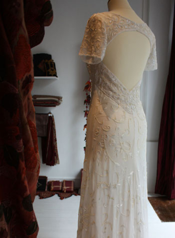 Robe de mari e haut de gamme paris rouge atelier for Robes de mariage haut de gamme